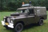 Land Rover Series III Soft-Top Donkergroen