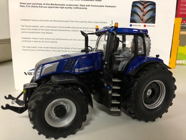 New Holland T8.435 Blue Power - Vredestein Edition