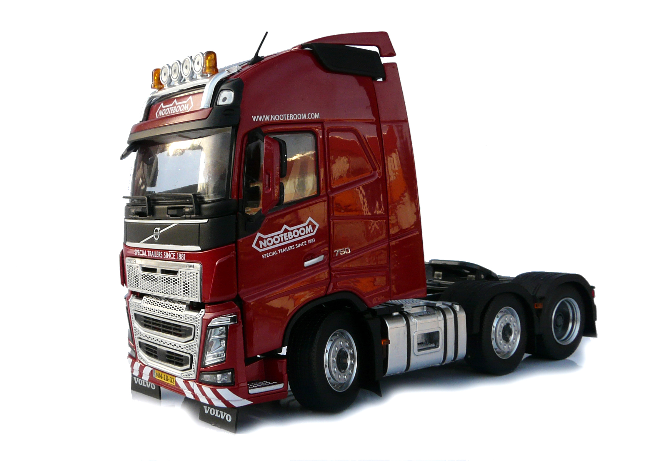 Volvo FH16 6x2 Rood - Nooteboom Edition