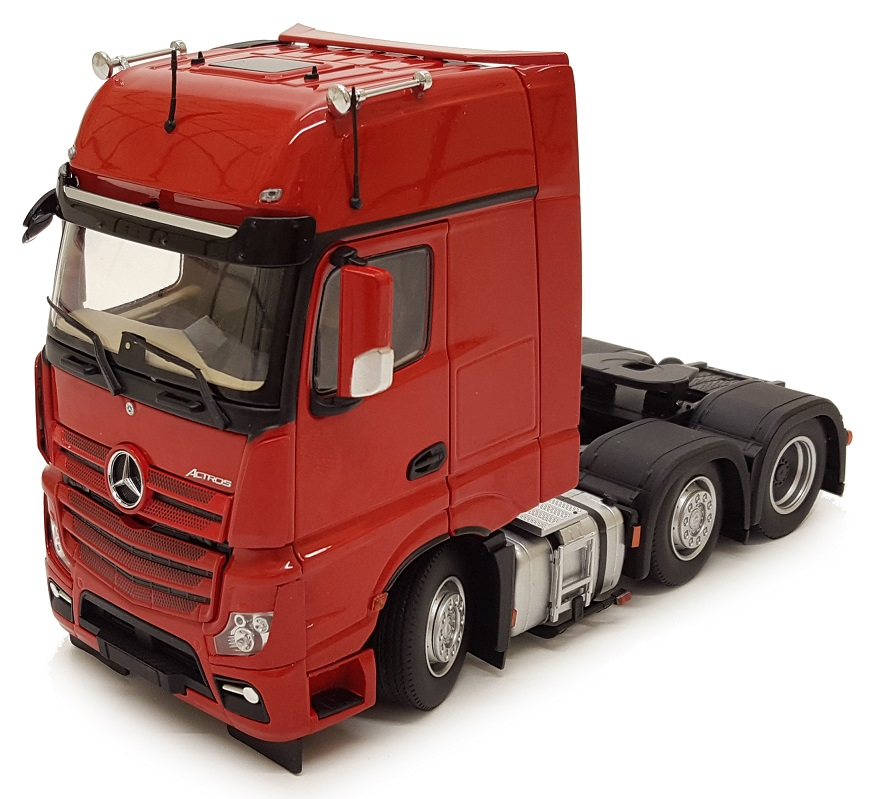 Mercedes-Benz Actros Gigaspace 6x2 Rood