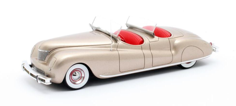 Chrysler Newport Pheaton 1941 Gold