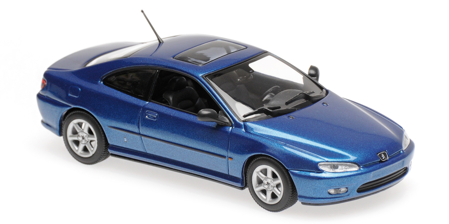 Peugeot 406 Coupe Blauw Metallic