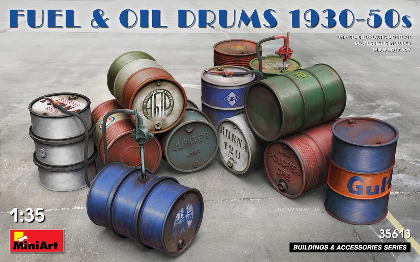 Fuel and Oil Drums 1930s-1950s - 1:35