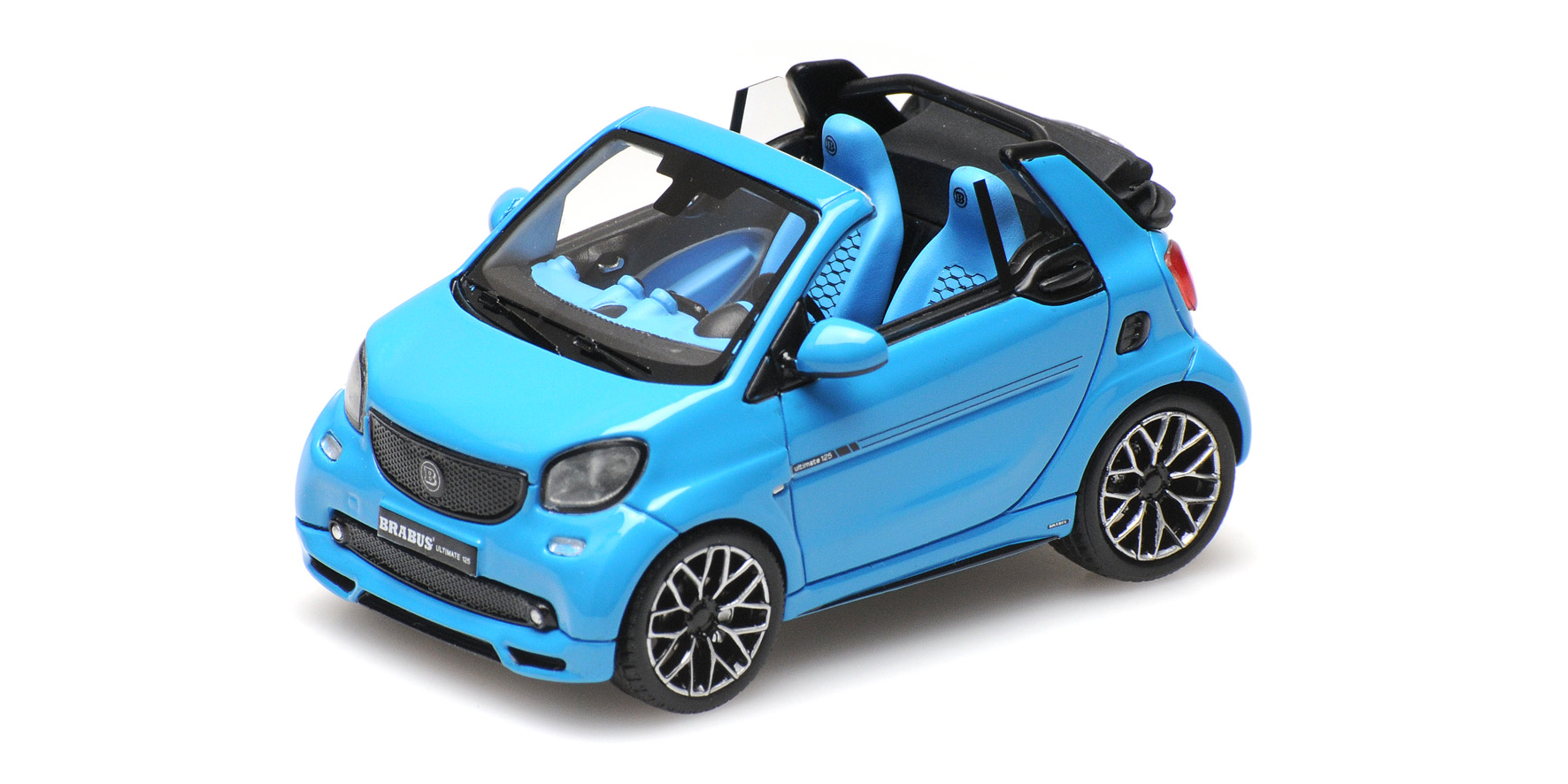 Brabus Ultimate 125 Cabriolet Blauw Metallic