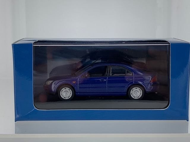Ford Mondeo 2001 Blauw Metallic