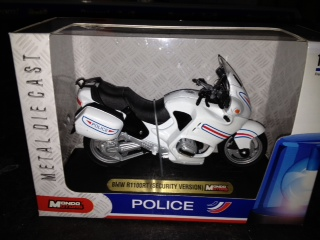 Motorbike Security France 2 Assorti - 1:18