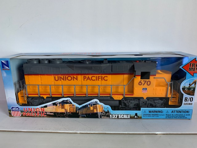 Union Pacific Train - 1:32