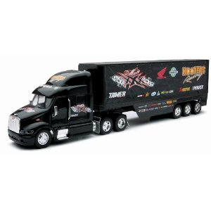 Honda Hooters Racing Truck