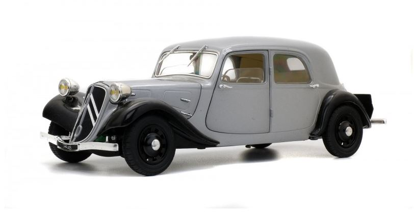 Citroen Traction 11B 1937 Silver/Black - 1:18