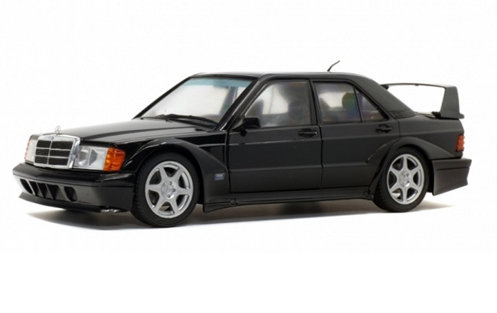 Mercedes-Benz 190E Evo 2 Black - 1:18