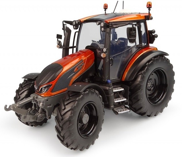 Valtra G135 Unlimited Oranje - Limited Edition