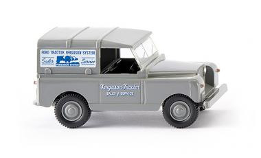 Land Rover Ferguson Tractor Sales and Service 1:87